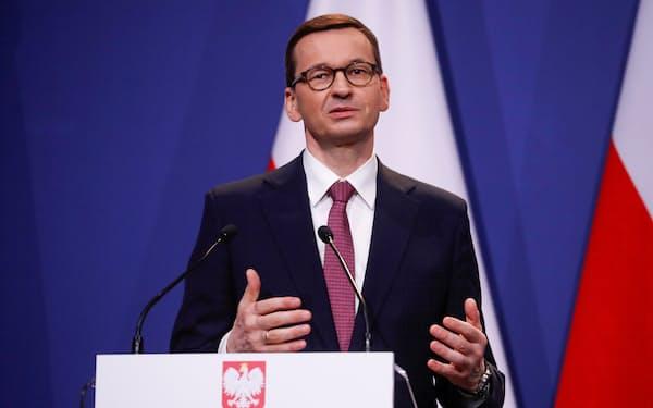 ポーランドのモラウィエツキ首相はツィマノウスカヤ選手に手厚い支援を約束した=ロイター