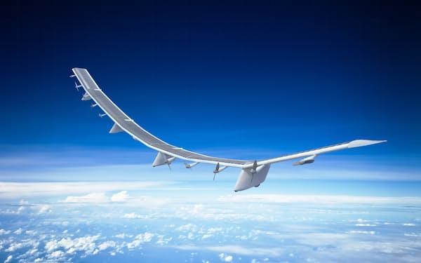 成層圏を旋回する無人飛行機を無線基地局にして地上と交信する構想も(ソフトバンクが事業化を進める空飛ぶ基地局の「サングライダー」)