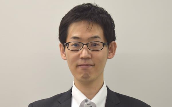 教養教育センター長の中村哲之氏