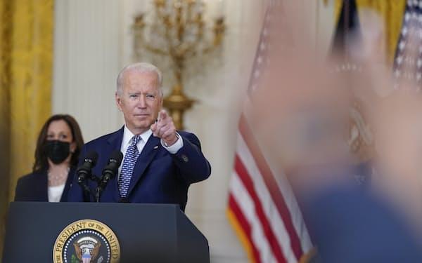 バイデン米大統領は「超党派」でのインフラ法案にこだわった(10日、ワシントン)=AP