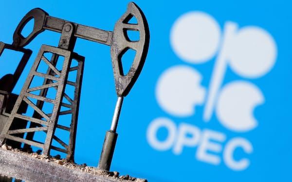声明は、ガソリン価格の高騰を放置すれば「世界経済の回復に打撃を与えかねない」と指摘した=ロイター