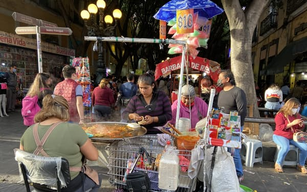 タコスに用いるトルティージャの価格が上昇している(中部プエブラ州)