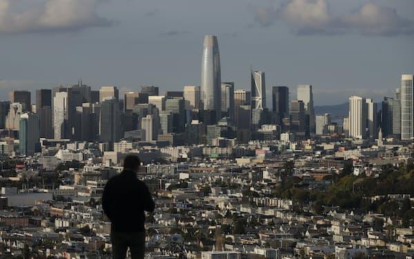 カリフォルニア州は白人が少数派になった(写真はサンフランシスコ)=AP