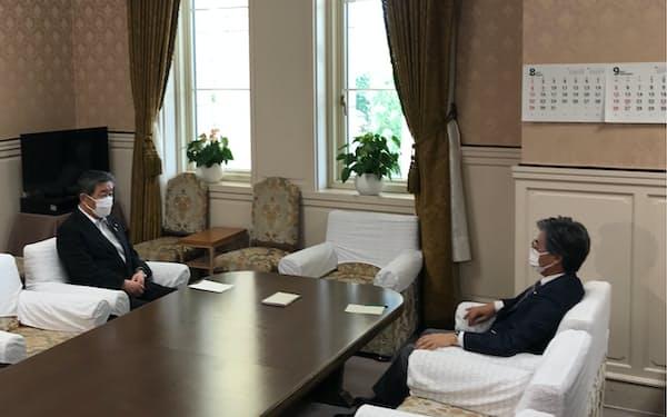 自民党と立民の国対委員長会談