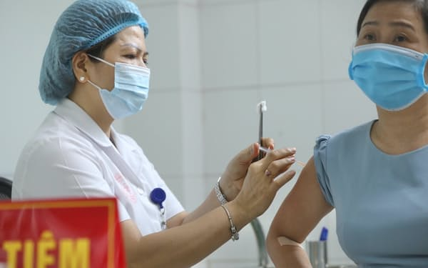 ナノジェン製薬の国産ワクチンは治験の最終局面に入っている(6月、ハノイ市)=国営ベトナム通信