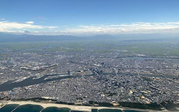 新潟市上空