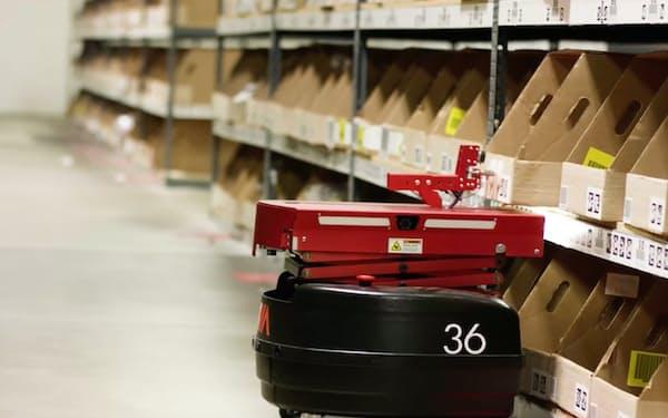 倉庫の自動化サービスを提供する米インビアロボティクスの製品