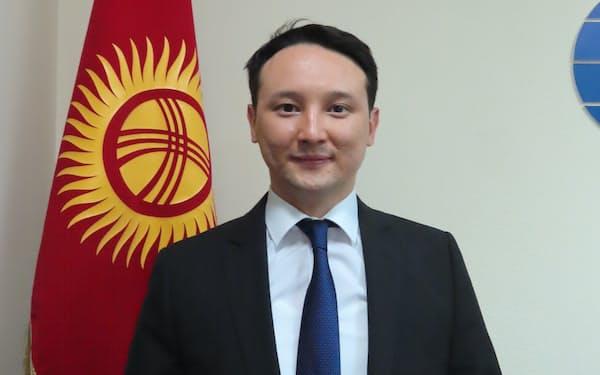 キルギスの国際ビジネス評議会のアスカル・スィドィコフ理事長