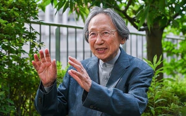 なかにし・すすむ 1929年生まれ、東京出身。東大文学部卒、同大大学院修了。成城大、筑波大の教授を経て87年国際日本文化研究センター教授に招かれ、京都に転居。大阪女子大学長、京都市立芸大学長など歴任。2013年文化勲章受章。