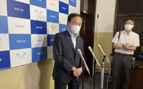 神奈川県の黒岩祐治知事は新型コロナウイルス対策などで新市長との連携を強調した(23日、県庁)