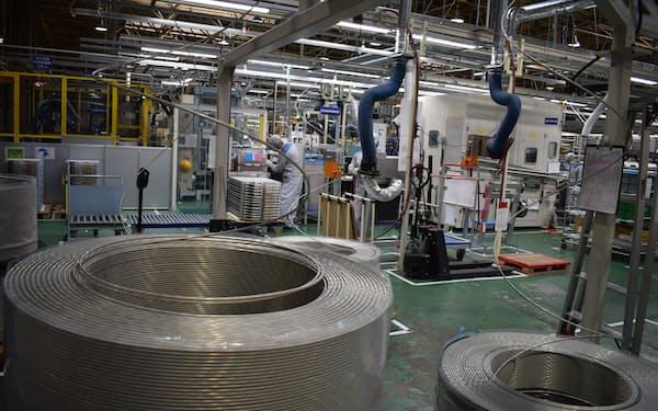ダイキンはエアコン室外機に使う銅をアルミに切り替える(滋賀県草津市)