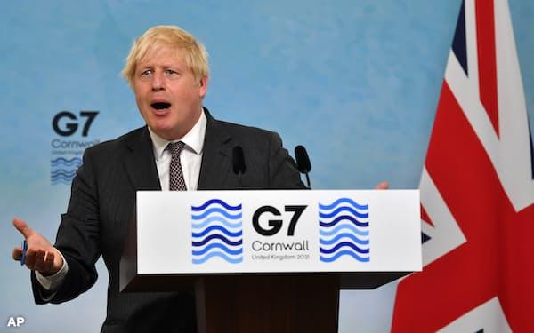 ジョンソン英首相は24日のG7電話協議で議長を務める(6月、英南西部コーンウォール)=AP