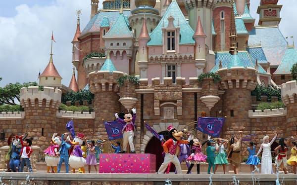 香港ディズニーランドが始めた屋外ショー「フォロー・ユア・ドリームス」