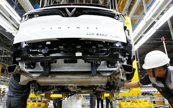 ビングループは2019年から自動車生産を始めている(ベトナム北部、ハイフォン市)=ロイター