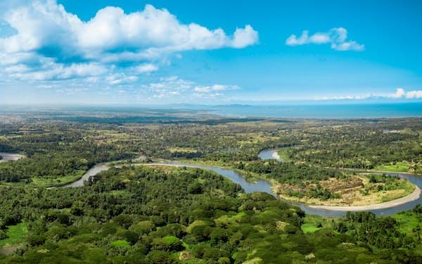 パプアニューギア北部を流れるセピック川は近隣の鉱山開発に揺れる