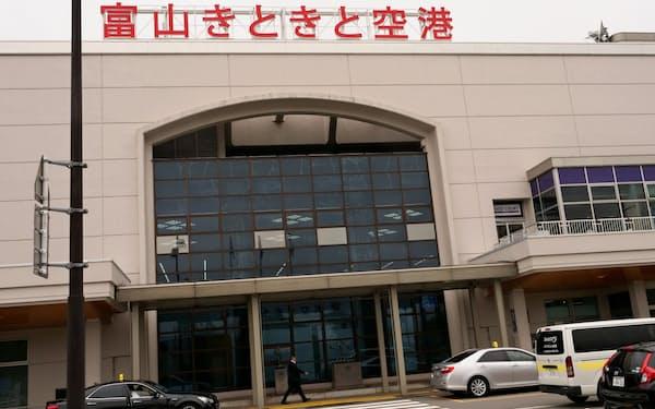 富山ー羽田便の減便は富山空港の経営にも影響を及ぼす(富山空港)