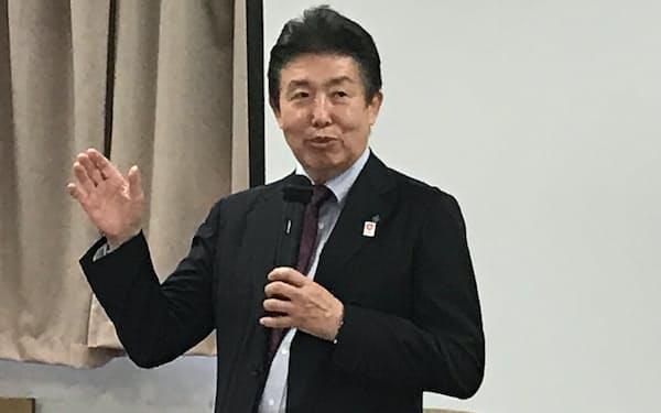 板東会長兼社長は「構造改革を進める」と話す