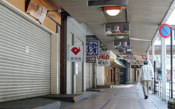 コロナ禍で観光など非製造業は大きな打撃を受けた(2020年4月、神奈川県箱根町)