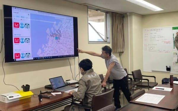 大阪府泉大津市が実施した避難訓練の様子。バカンと協定を結び、災害時に避難所の混雑状況をネット配信する