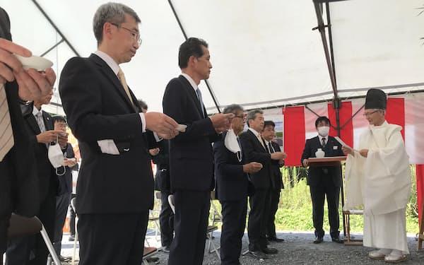 山口伸樹市長や小川一路・JR東日本水戸支社長らが起工式に参加(26日、笠間市)