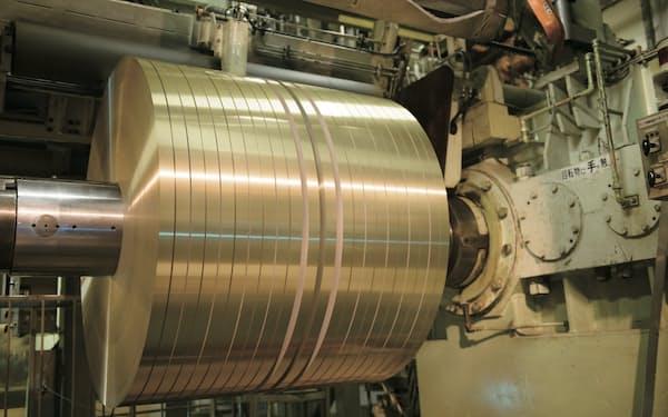 自動車向けアルミ材の需要が大きく伸びた(UACJの工場)