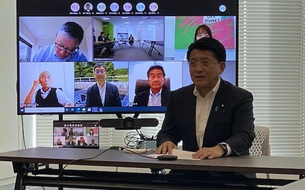 コンプライアンス委員会に出席した平井卓也デジタル改革相