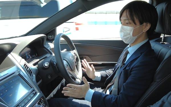 日本車も自動運転技術の開発を強化するが……(写真はホンダの「レジェンド」)