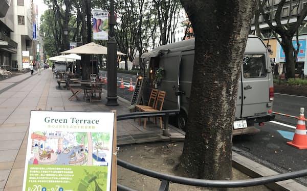 定禅寺通の歩道を活用したキッチンカーの催しは中止となった(8月25日、仙台市)