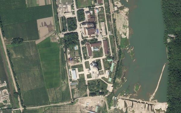 寧辺の核関連施設を捉えた衛星写真 =Planet Labs Inc. ・ AP