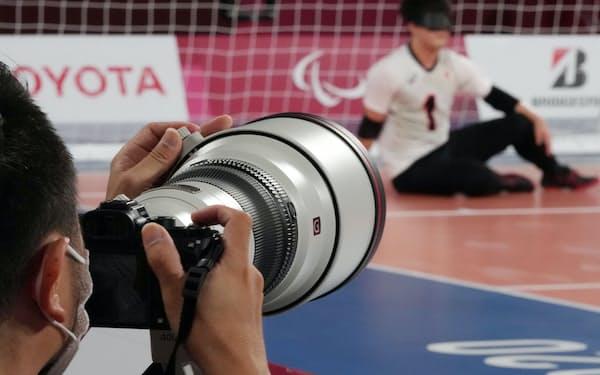 ゴールボールの会場で使用されるソニーのミラーレスカメラ