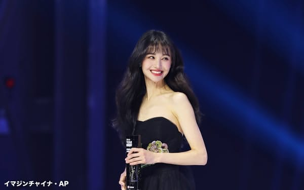 上海市税務局は中国の女優、鄭爽氏に合計2億9900万元(約50億円)の追徴課税・罰金処分を科すと発表した(2019年11月、北京市)=イマジンチャイナ・AP