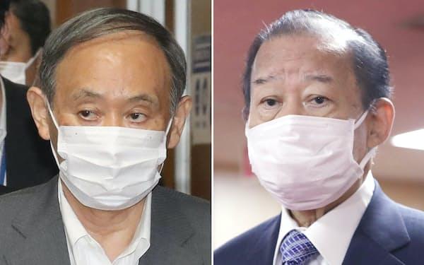 菅首相(左)は自民党の二階幹事長に党の経済対策策定を要請した