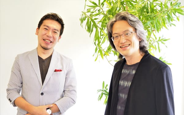 モーツァルトのホルン協奏曲について、福川(左)と鈴木は「作曲当時のピリオド楽器でも録音したい」と話す