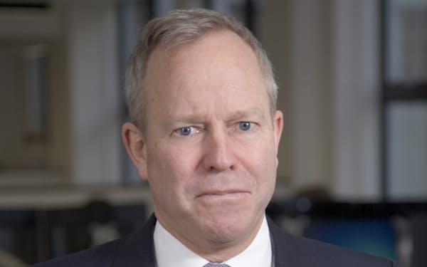 Stephen  Fitzgerald オーストラリアのニューイングランド大卒。ゴールドマン・サックス・アセット・マネジメント・インターナショナル代表などを経て、2014年にAIM設立。
