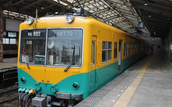 路面電車や路線バスに加え、鉄道も乗り放題となる(富山市の電鉄富山駅)