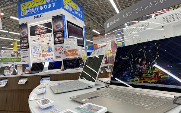 パソコン向け液晶パネルの調達は困難な状況が続く
