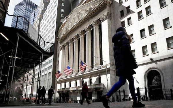 米SECは中国企業の上場承認手続きを一時的に止めている(ニューヨーク証券取引所)=ロイター