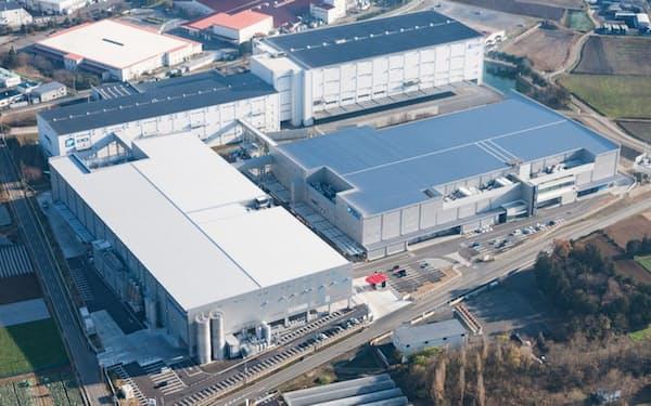 関東八千代工場などの屋上に太陽光パネルを設置する(茨城県八千代町)