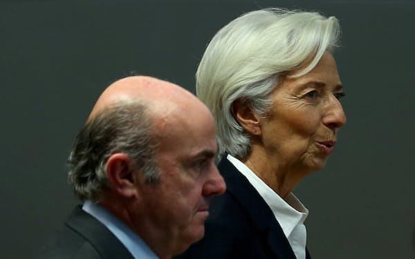 ECBのラガルド総裁㊨とデギンドス副総裁(20年1月)=ロイター