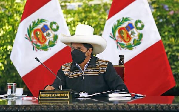 ペルーのカスティジョ大統領(1日、リマ)=ペルー大統領府提供