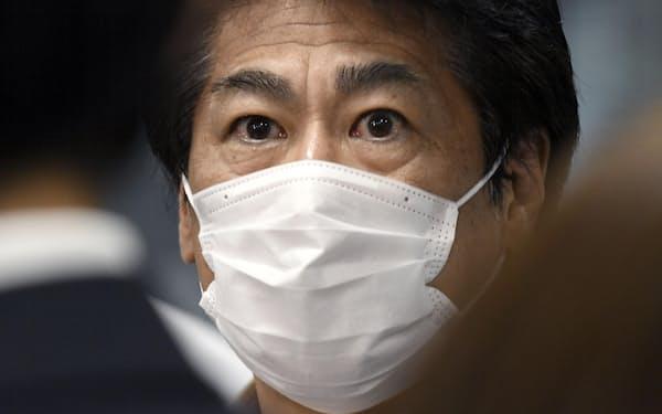 田村厚労相は政治判断で引き上げた診療報酬を定め通り9月末で元に戻せるか=共同