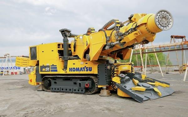 新型の岩盤切削機はフル電動で排ガスを出さない