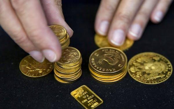 ニクソン・ショックから半世紀を経て金価格は大きく上昇した=ロイター