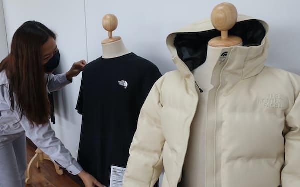 スパイバーはゴールドウインと組みジャケットなどを開発してきた(3月、タイ中部ラヨーン県)