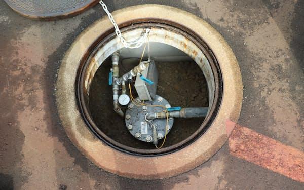 地下50メートルまで掘削して設置した地中熱交換器(福井市)