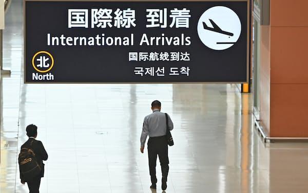 閑散とする関西空港(4月)