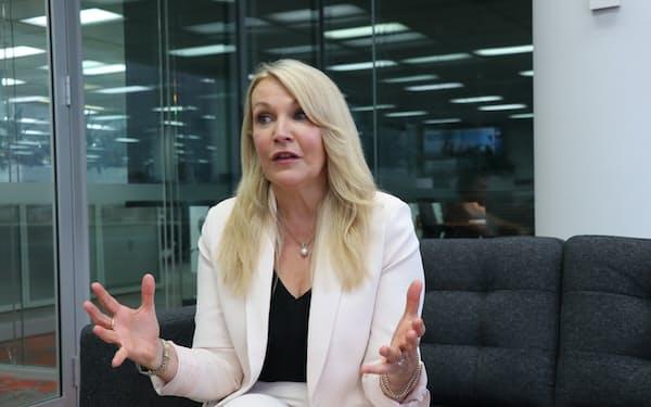 この1年間で新CEOに任命された女性は1人だった(写真はフォーテスキューのエリザベス・ゲインズCEO)
