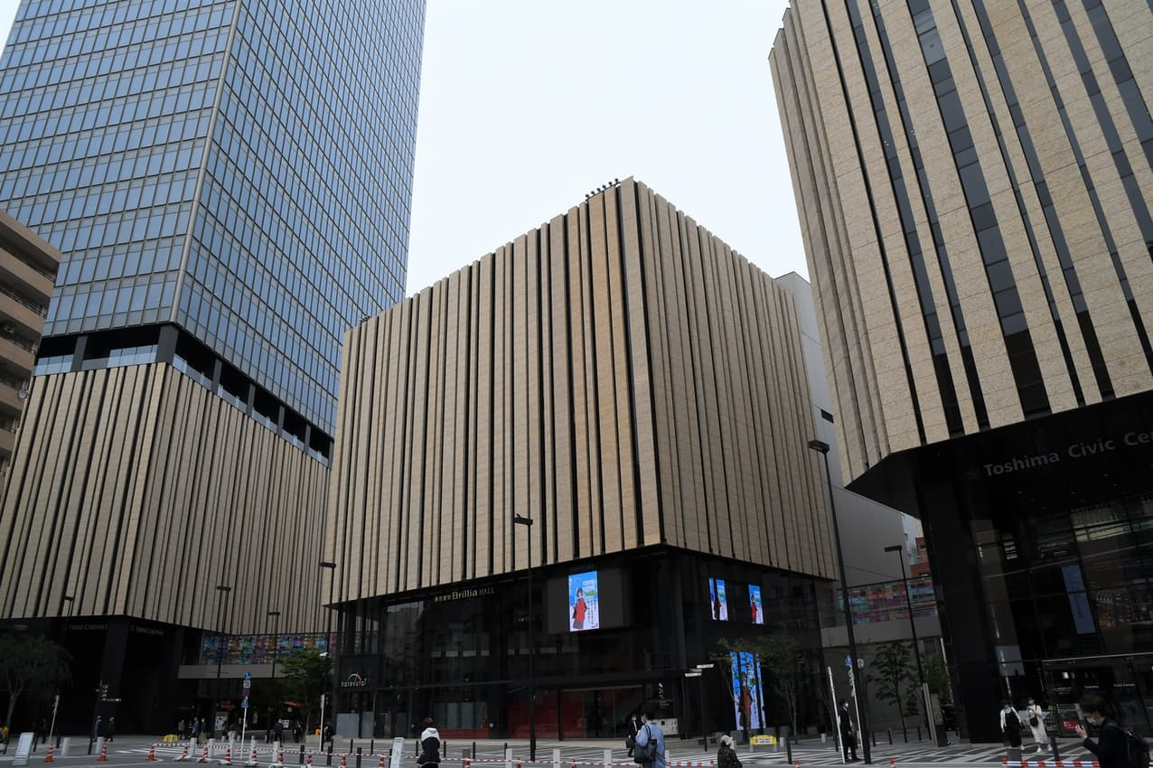 東京建物などが整備した大規模複合施設「ハレザ池袋」