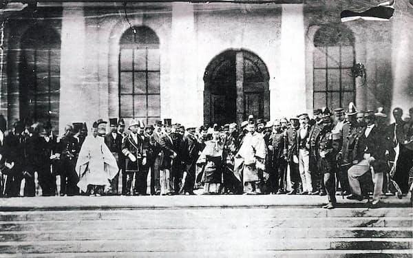 1871年(明治4年)の造幣局の創業式には右大臣三条実美、参議大隈重信らが列席。150周年の記念式典は今年10月に開催する予定
