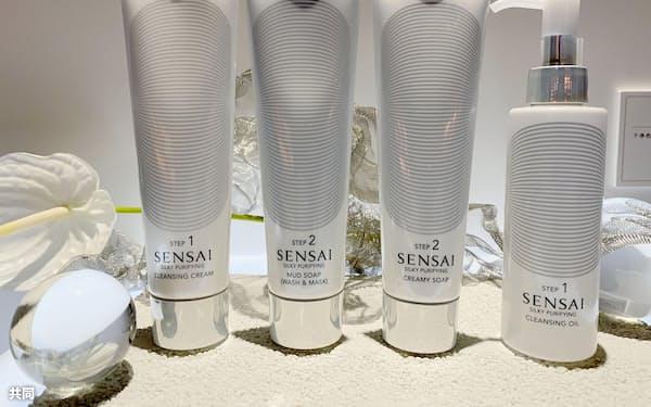 カネボウが中国で販売を始めたSENSAIの洗顔料=共同